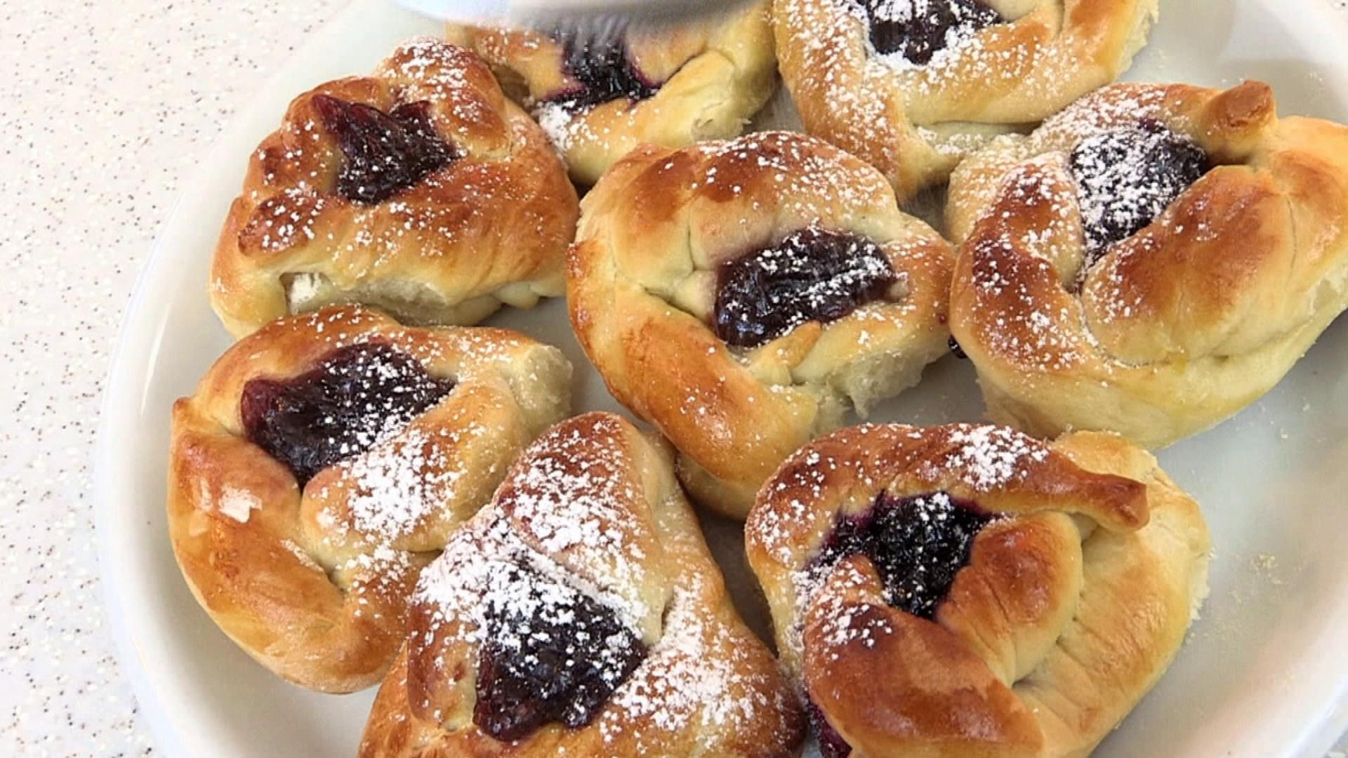 Как красиво сделать булочки с сахаром