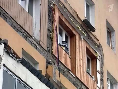 ВЯкутске выясняют причины обрушения трех балконов впятиэта.