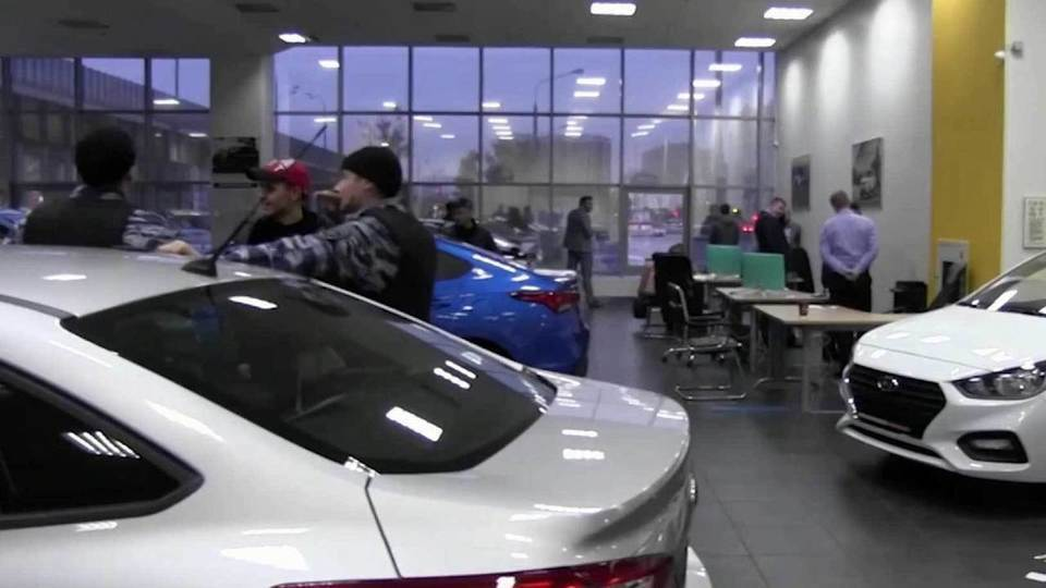 Мошенники в автосалонах москва продажа авто автоломбарды