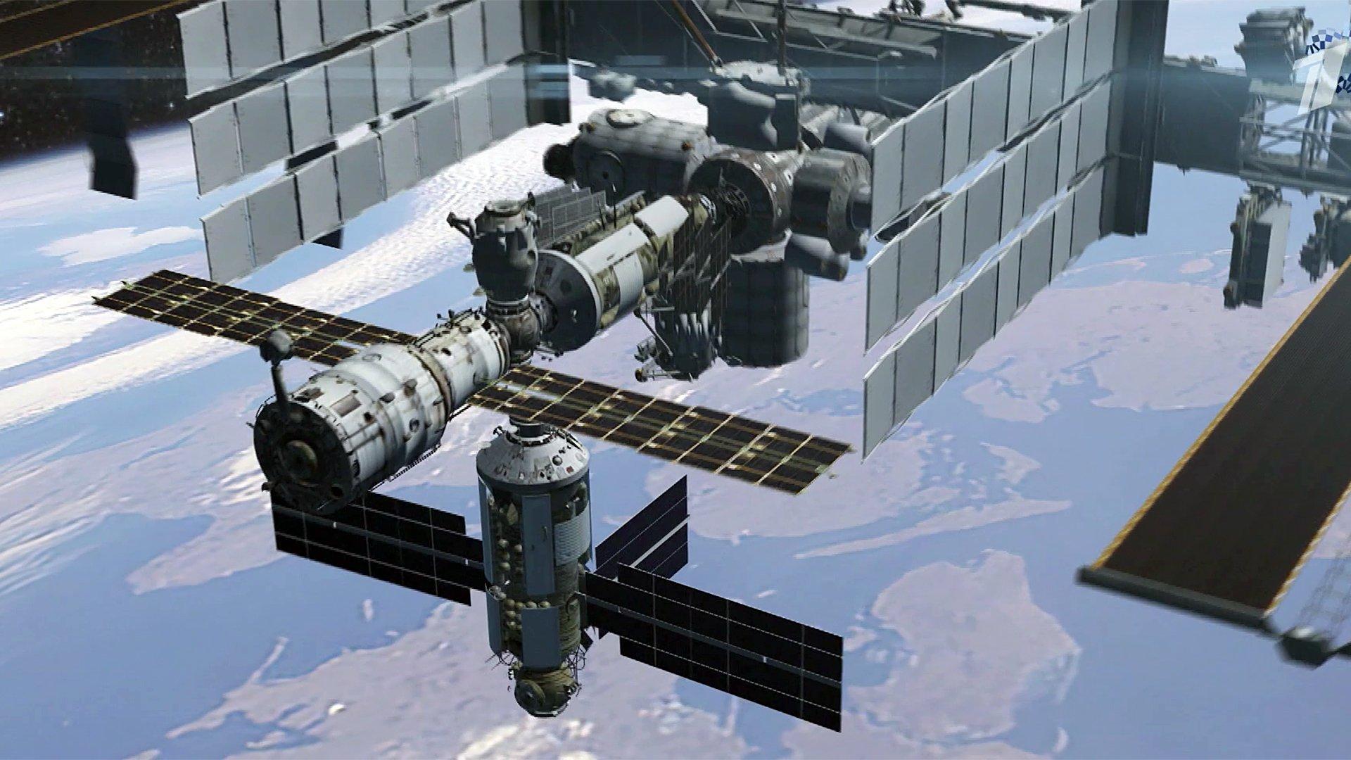 Российские космонавты готовят кпроведению экспериментов новейший модуль МКС «Наука»
