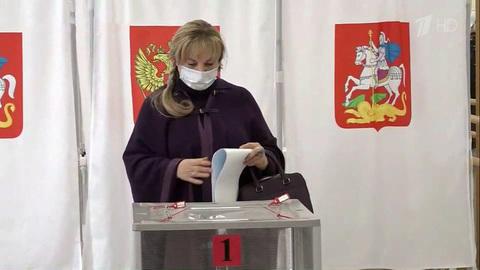 Завершился второй изтрех дней голосования навыборах вГосударственную Думу